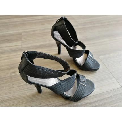 Sandales à talon 3 brides P39