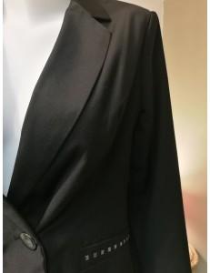 Veste noir poches cloutées