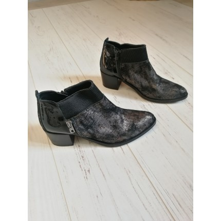 Boots argentées et noires