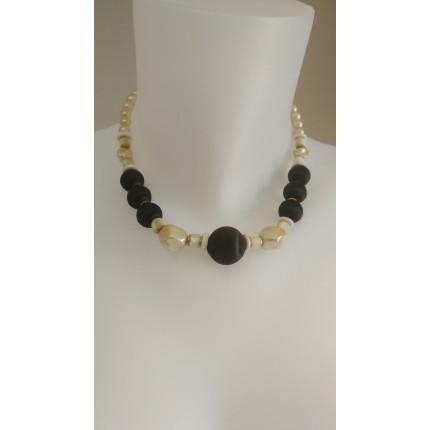 Collier perles noires et nacrées
